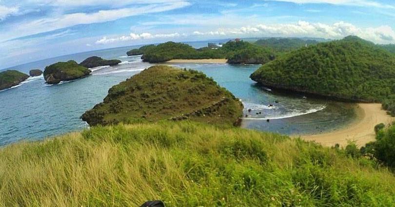 Kasap Beach Pacitan