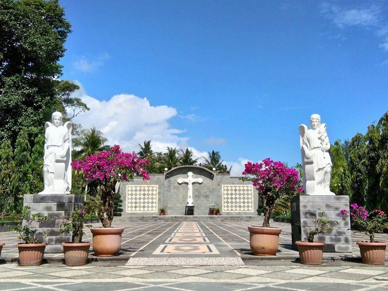 Taman Doa Bunda Maria