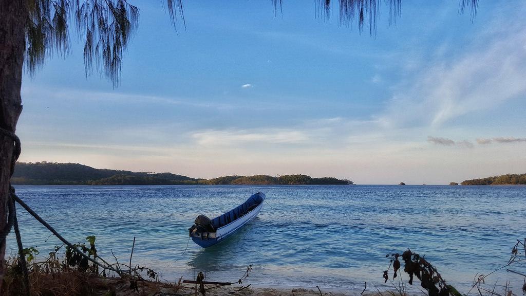 Mangoli Beach