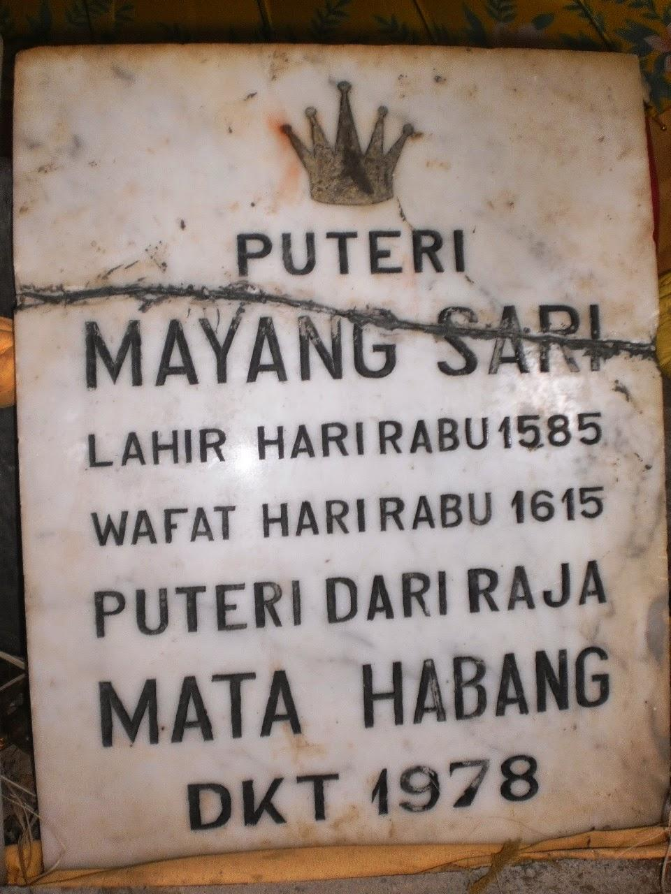 Makam Putri Mayang Sari