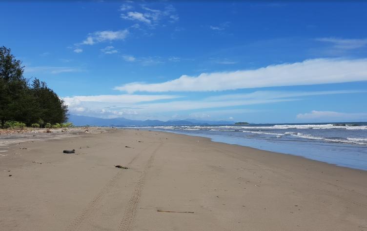 Pasir Jambak Beach