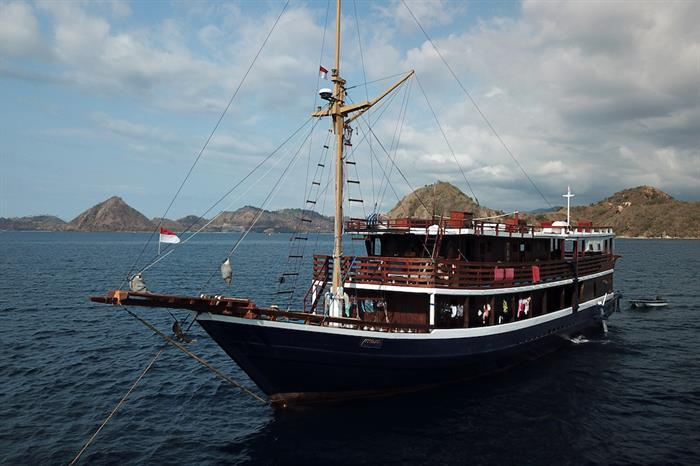 Mari Liveaboard, Indonesia