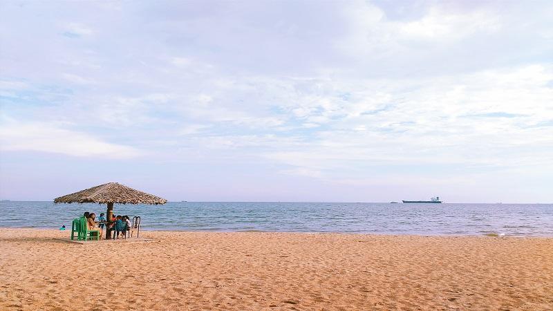 Banua Patra Beach