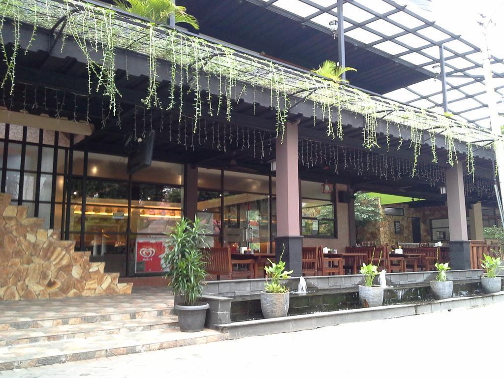 Karinda Cafe