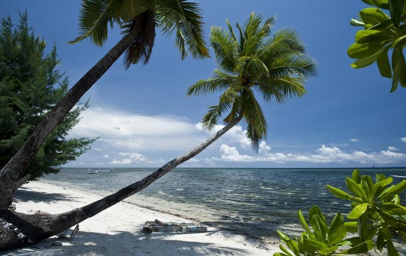 Kapoposang Island