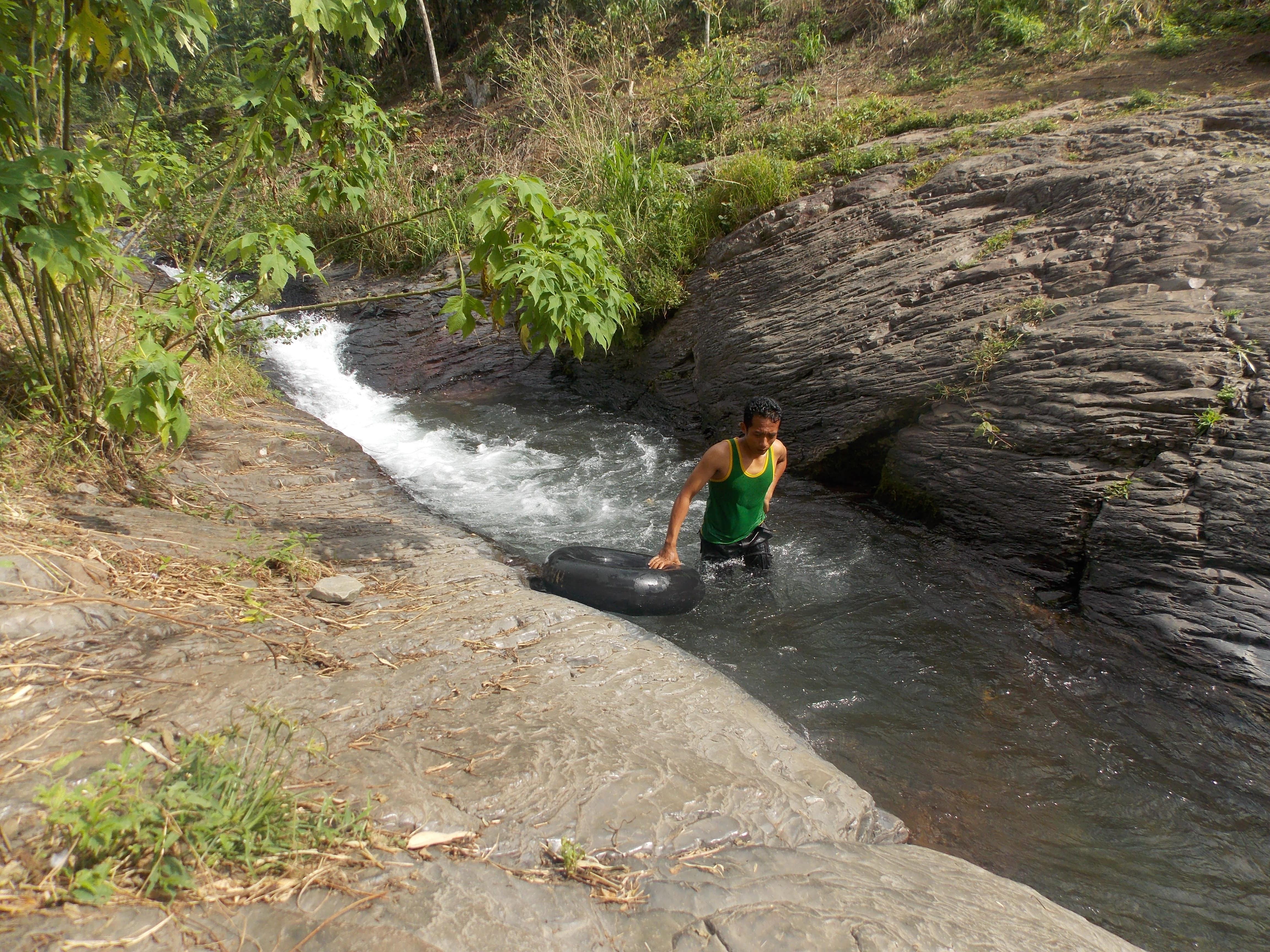 Aik Leong Timbanuh Waterfall