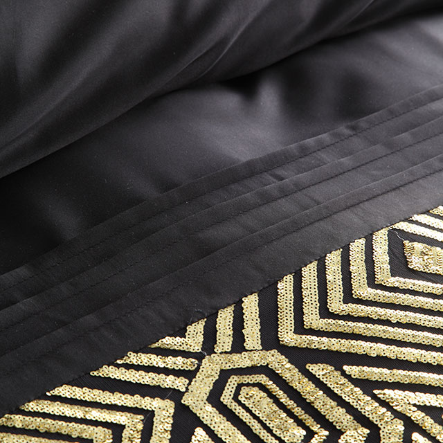 Ritz Gold Quilt Cover Set detail