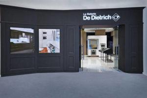 ed_Front-of-La-Galerie-De-Dietrich