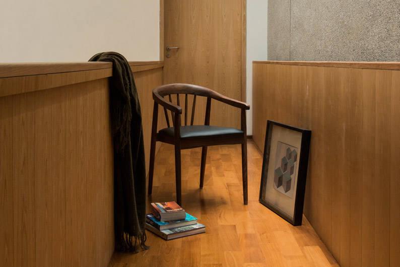 Commune_Kendra-Chair