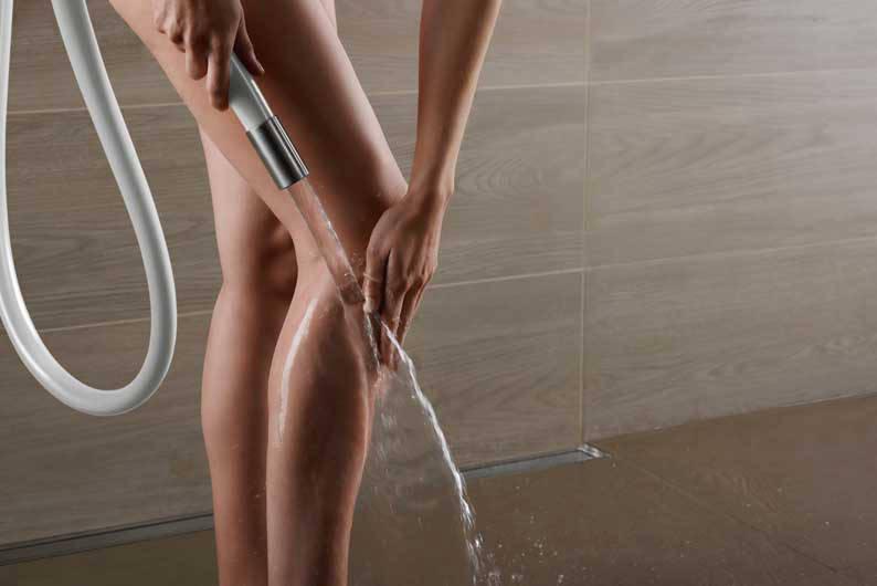 web_VOLA-070W-Water-Knee