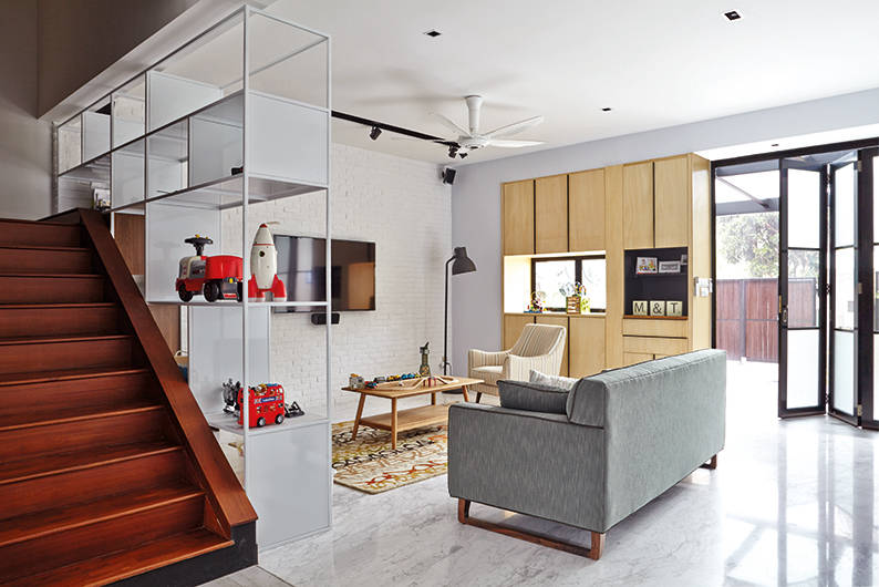 This New York-inspired industrial house turns household
