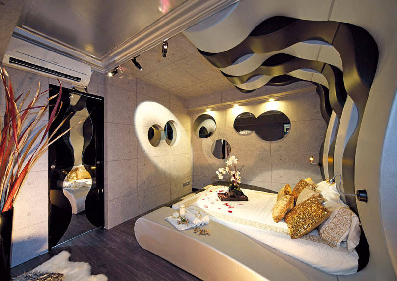 Get down with these 5 homes that look like swanky nightclubs