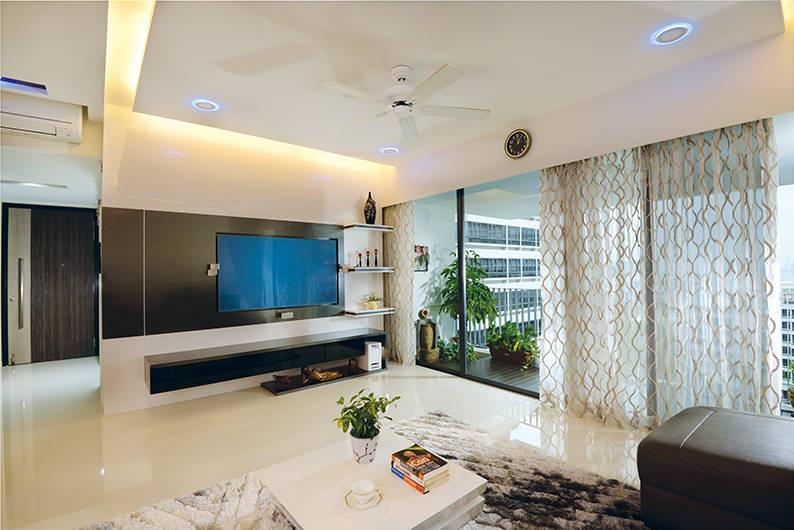 01 - Studio Apartment (Orange Cube)