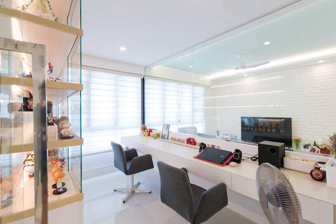 Modern Minimalist Living Room Floor