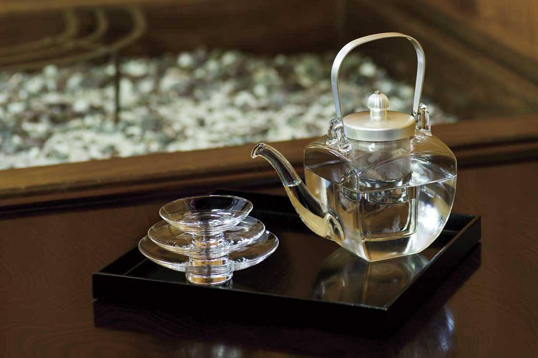 Sake-Pourer-Set-(2)