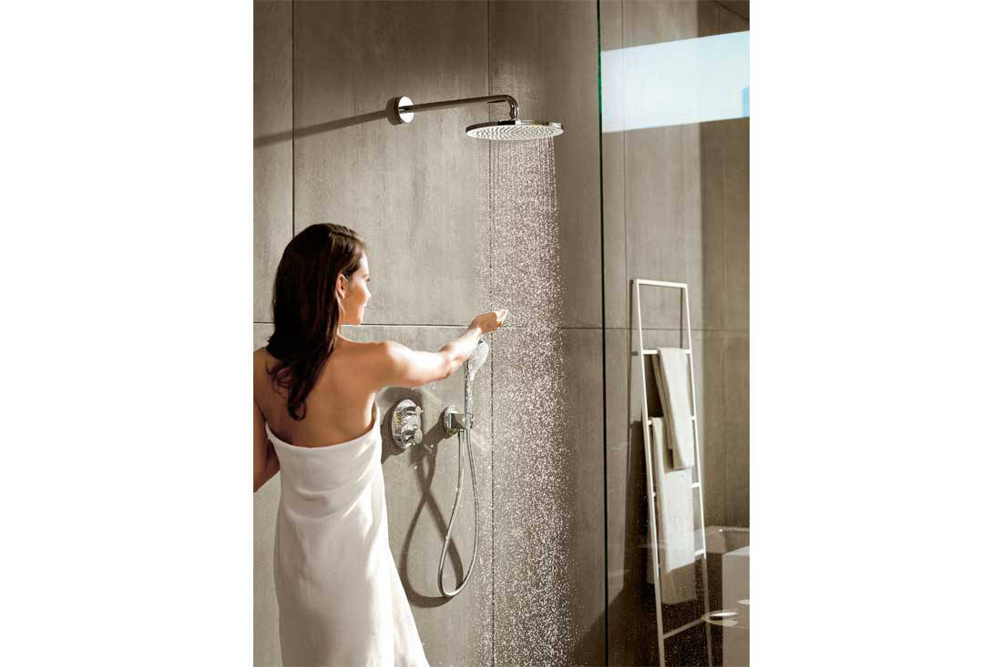 Pleasurable products for the modern day bathroom for Modern day bathrooms