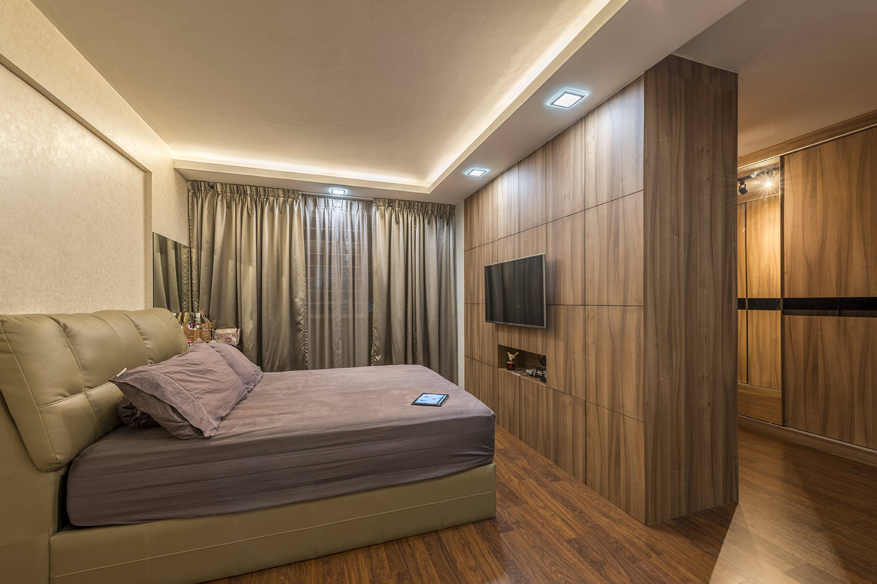 A clean and contemporary look for this 5-room HDB flat