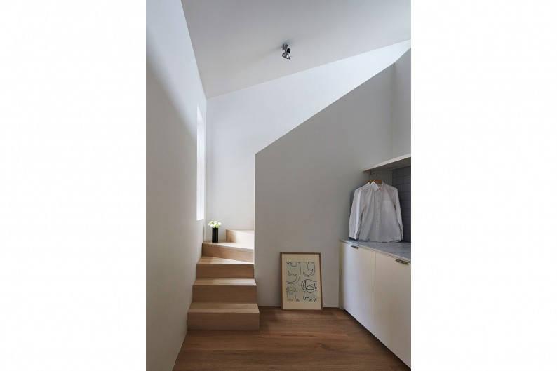 Sonelo_Design_Theresa_St_Residence_staircase