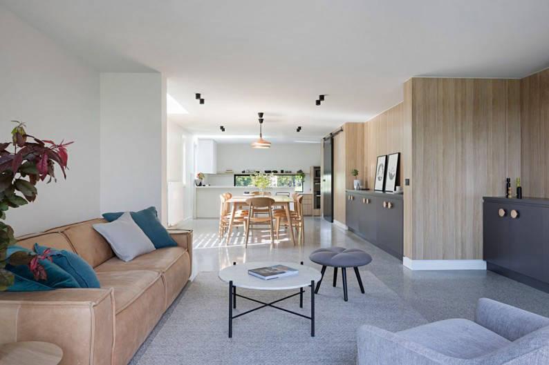 Inbetween_Architects_Ruffey_Lake_House__dinning_room_2