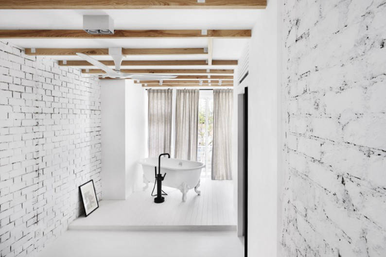 WHITE_BRICK_HOUSE__16