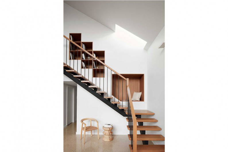 Kingsville_stairs