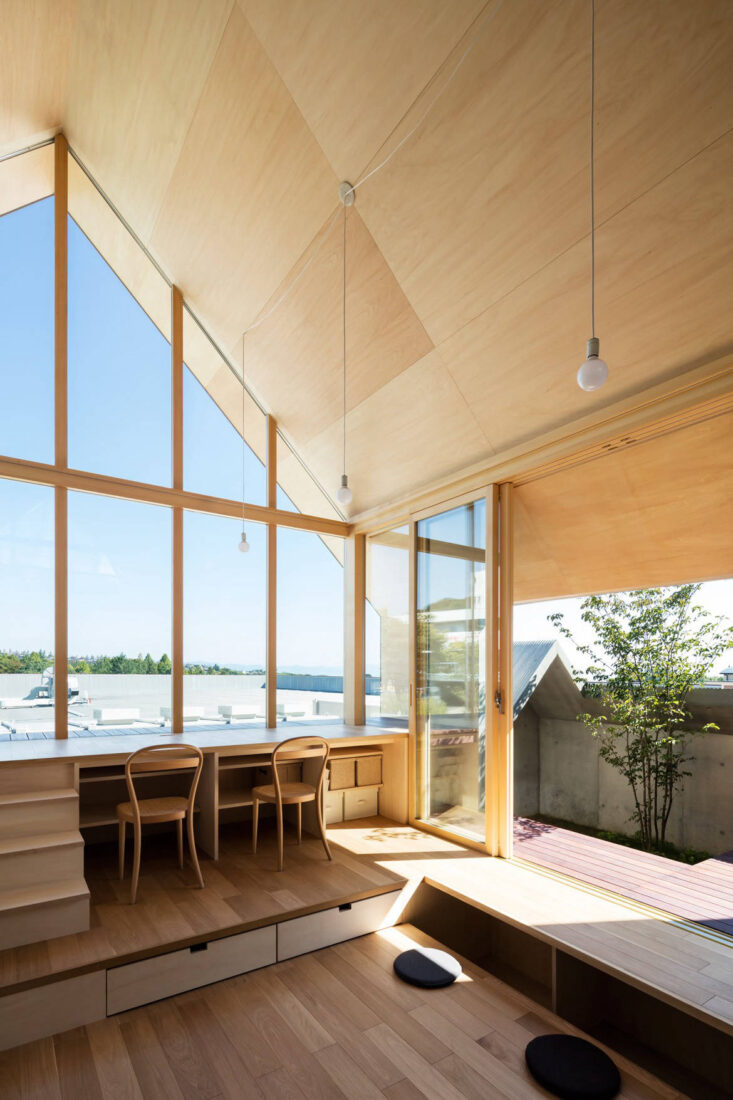 A Flexible Japanese Home For A Growing Family Lookboxliving