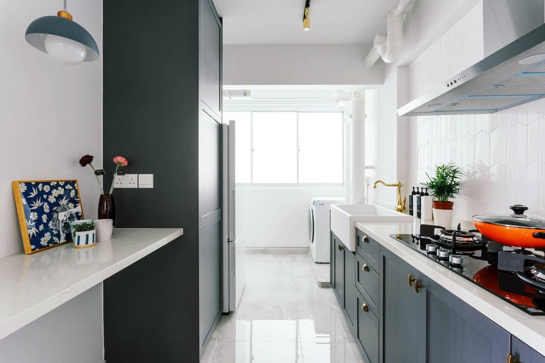 93B Telok Blangah HDB kitchen designed by D' Initial Concept