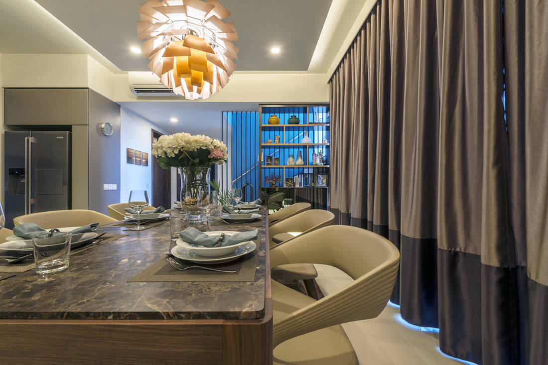 penthouse dining designed by Meter Square