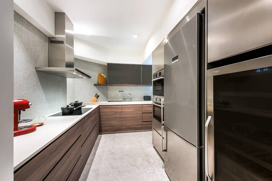 Artistroom Bishen St resale flat kitchen