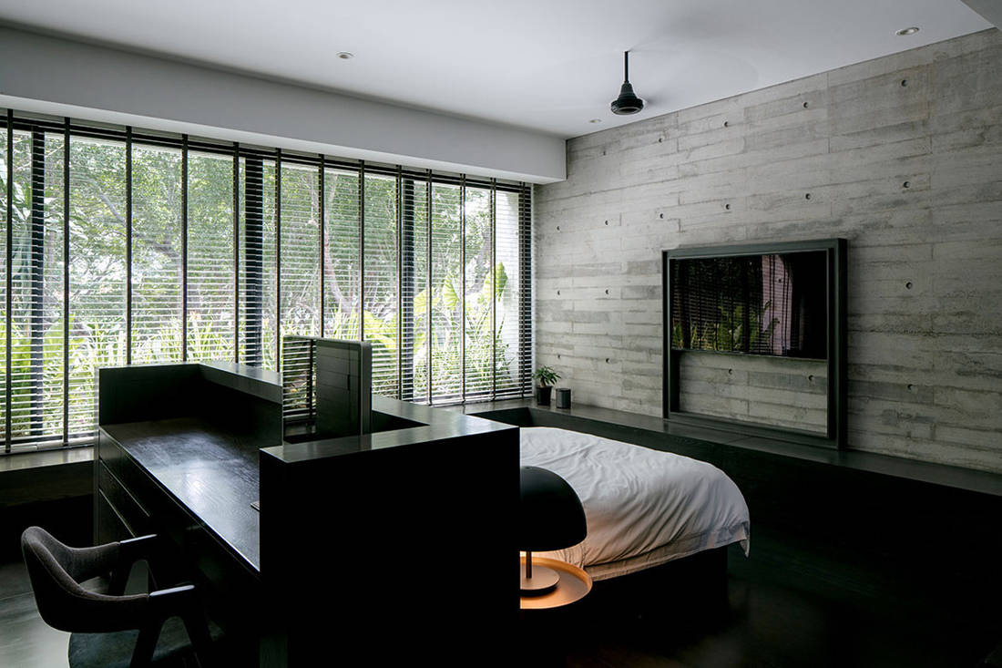 master bedroom of Open House by Formwerks Architects embraces nature