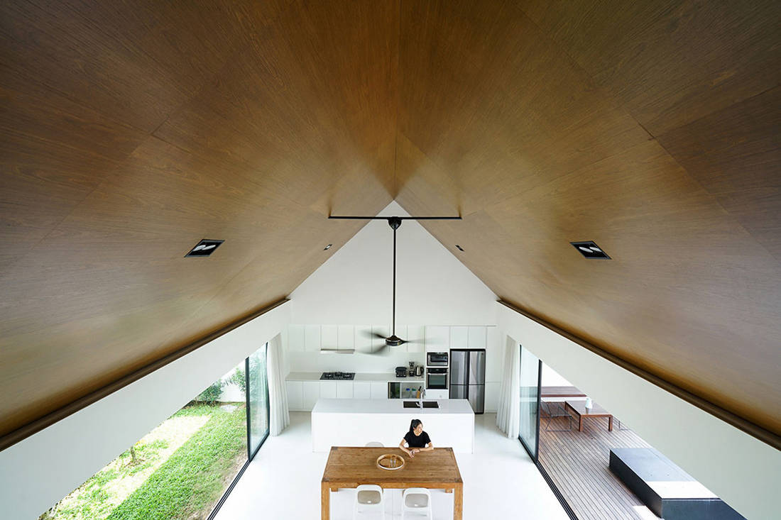 semi-detached house by Fabian Tan Architect - gabled ceiling