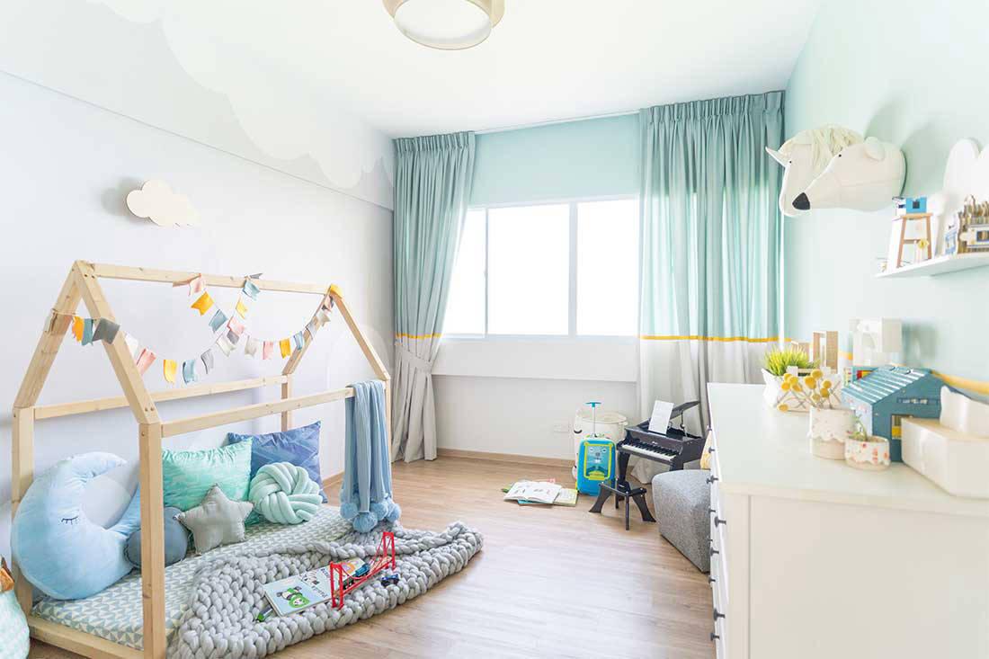 stylish_apartment_coastal_vibes