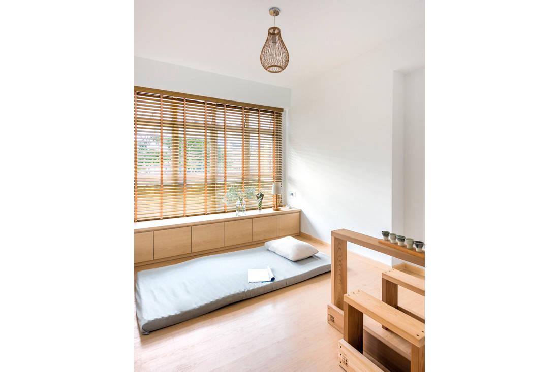 Kallang Trivista by D5 Studio Image - Japanese inspired HDB flat bedroom 2