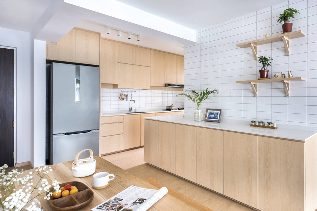 Kallang Trivista by D5 Studio Image - Japanese inspired HDB flat kitchen & dining