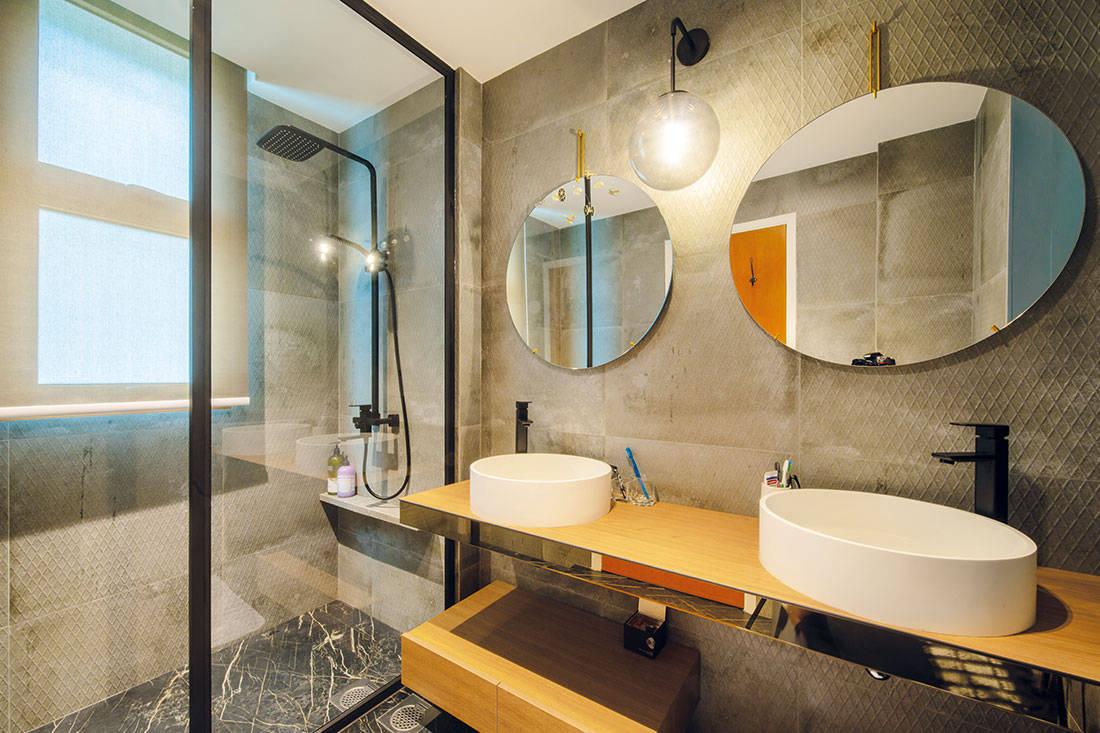 bathroom_forefront_interior_condo
