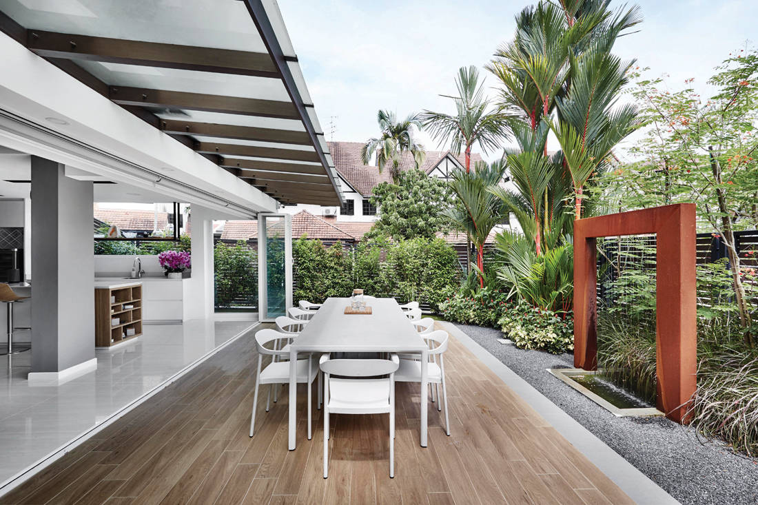 terrace house alfresco dining by Design Zage