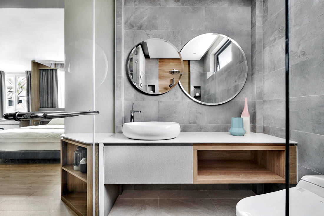 terrace house bathroom by Design Zage