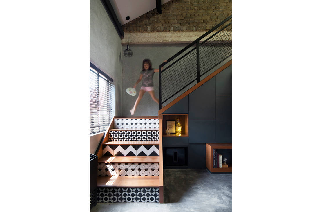 tiles on stair risers by Prozfile