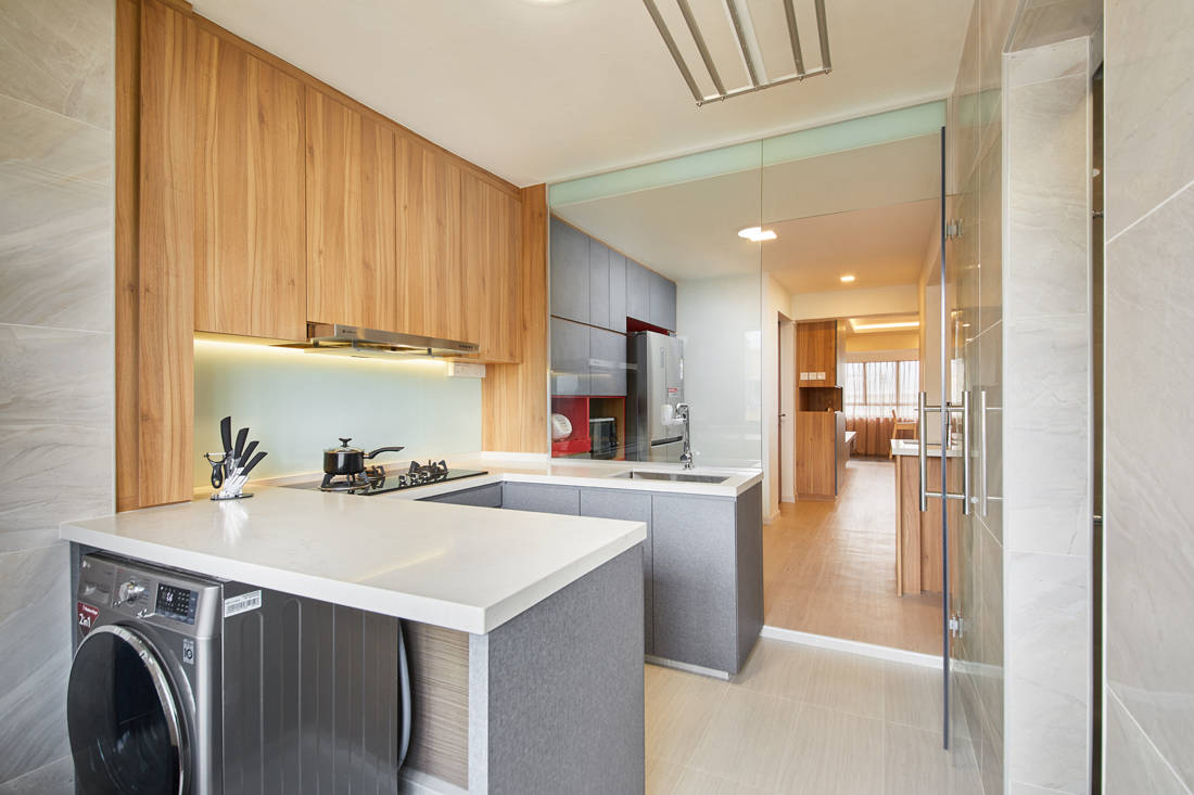 HDB resale flat wet kitchen by Dots N Tots Interior