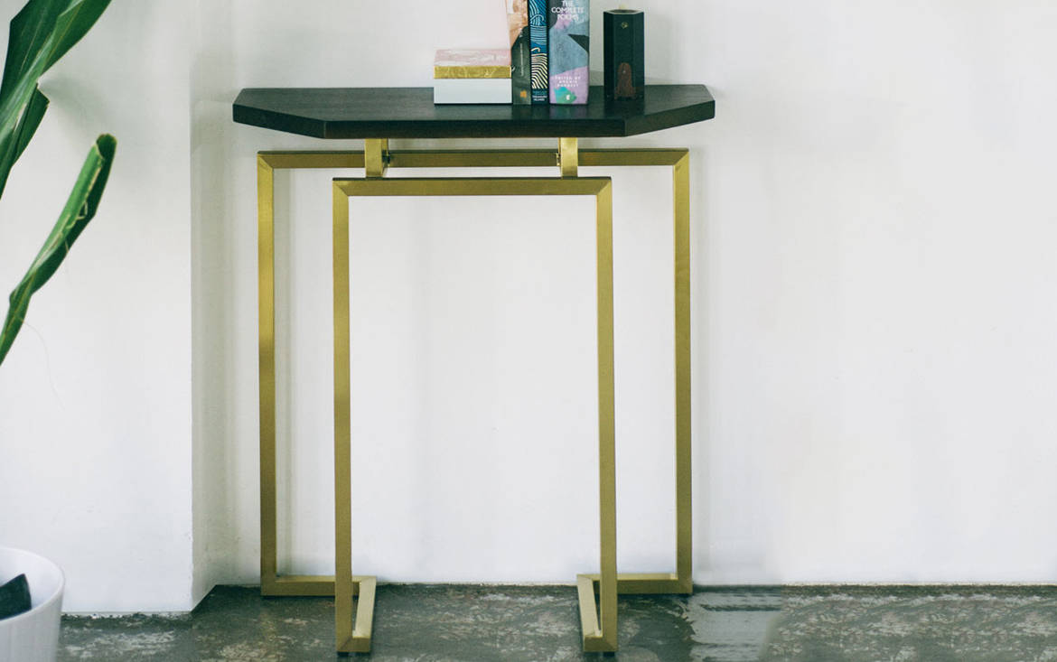 Lookbox Living Collection MING Half Octagon Console 002