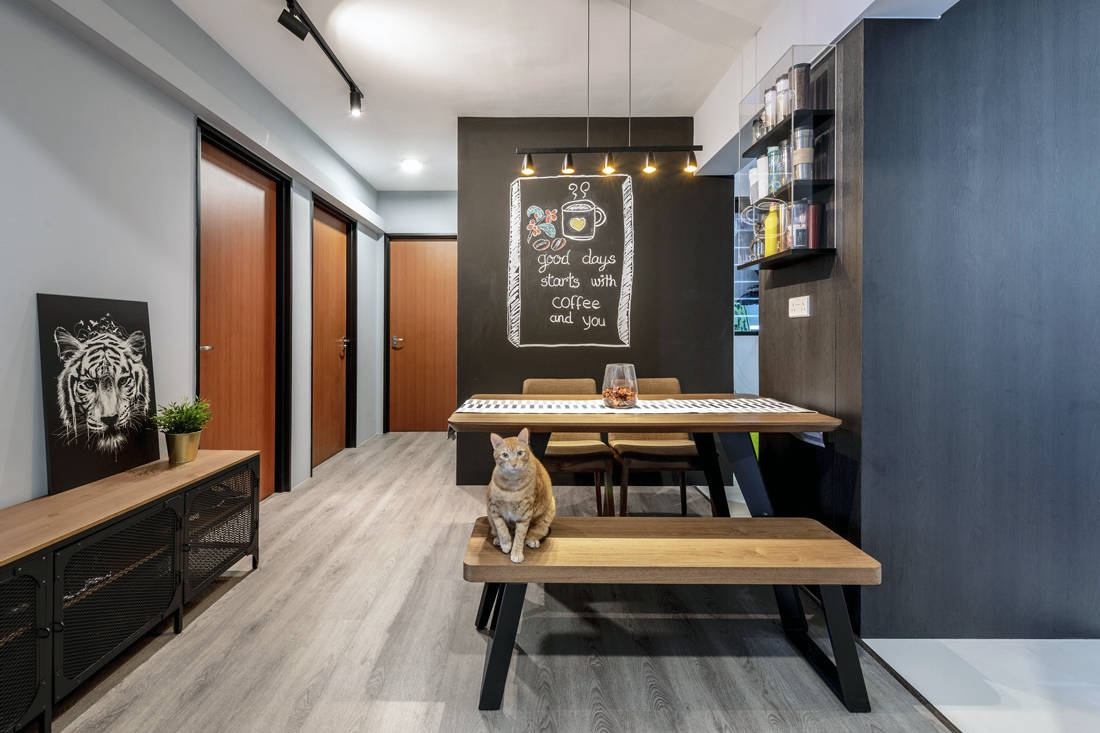 pet-friendly and childproof dining space chalkboard painted wall by Metier Planner