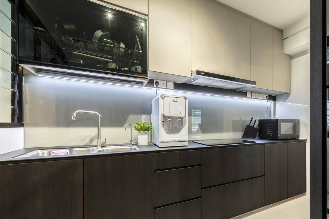 pet-friendly and childproof kitchen by Metier Planner