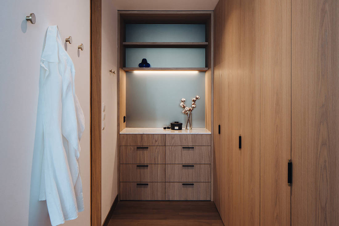 timeless Grange Garden Apartment wardrobe by Gabriel Tan