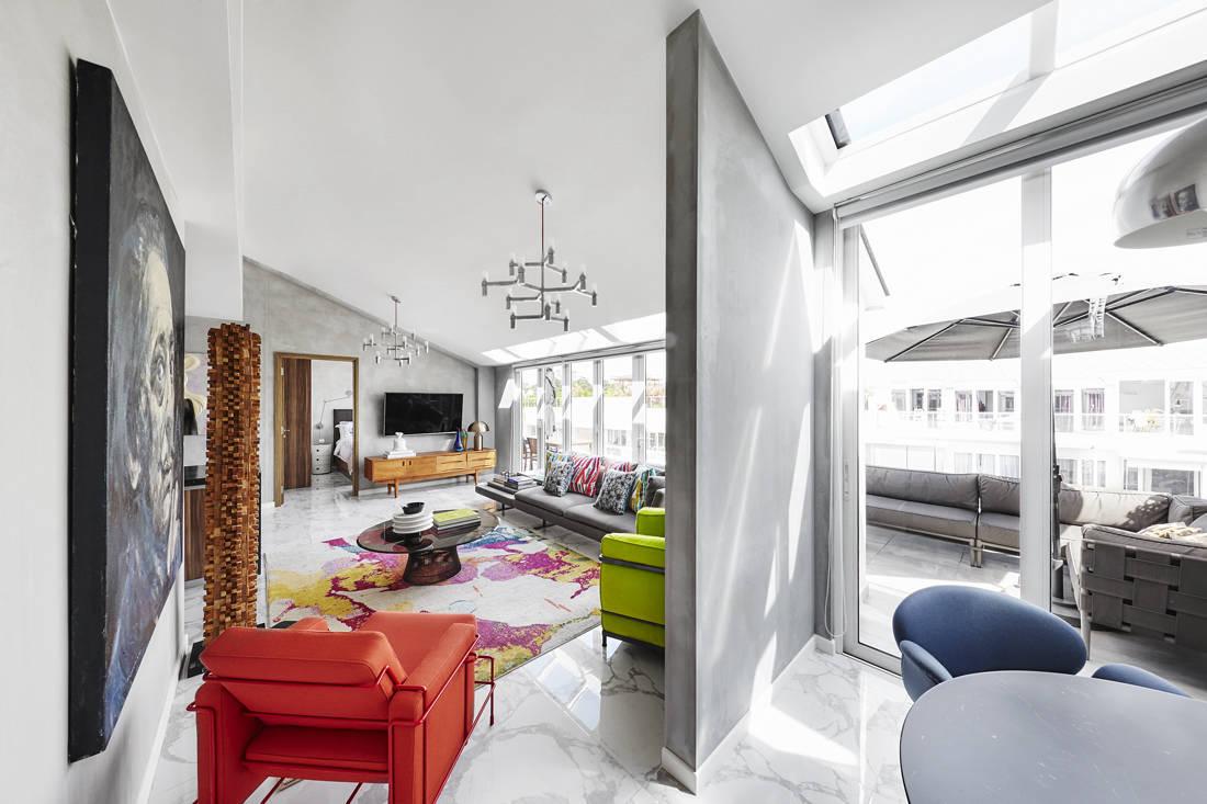 Sazeli Jalal home living space