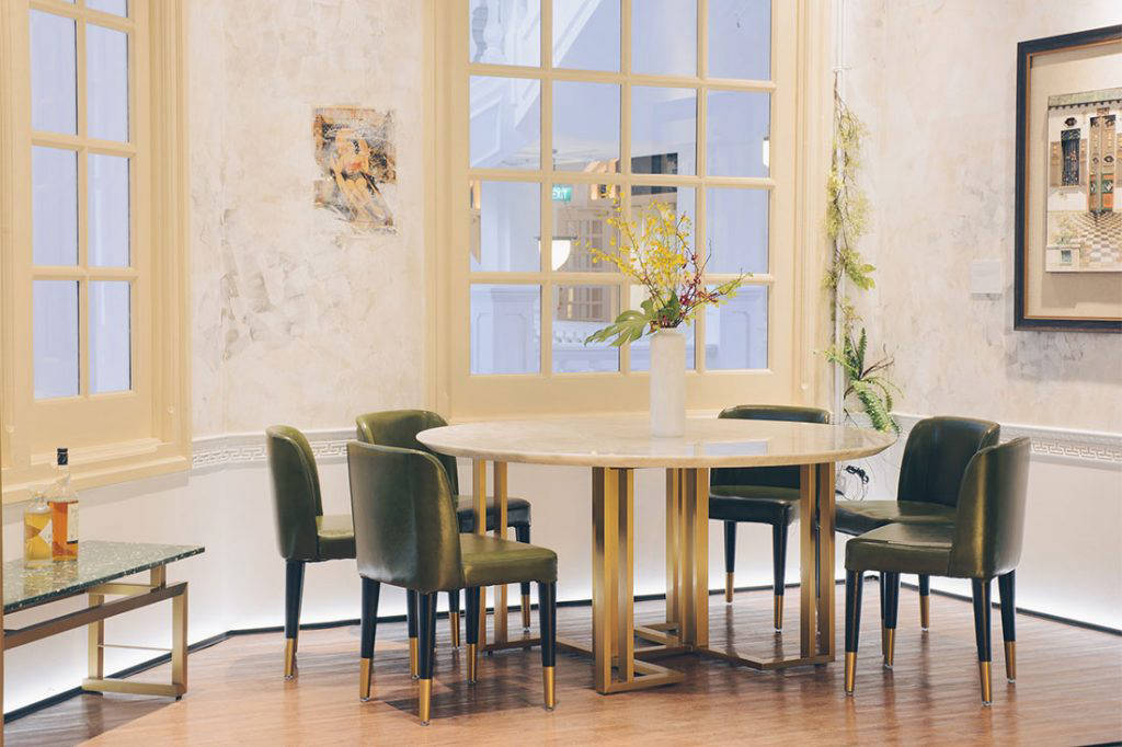 SCENE SHANG store Raffles Hotel Heaven Earth Dining Table