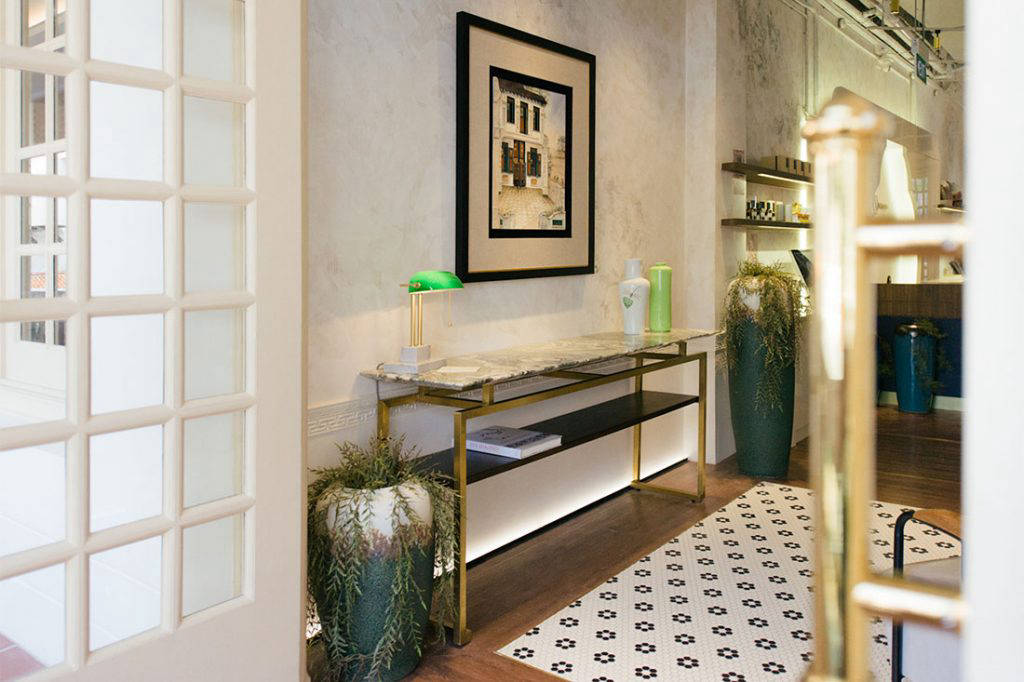 SCENE SHANG store Raffles Hotel MING Console Table