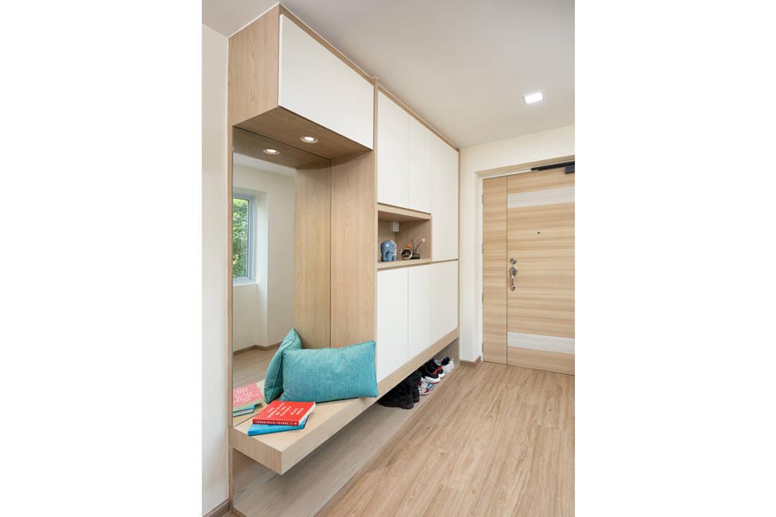 Scandi style resale HDB flat foyer by AP Concept
