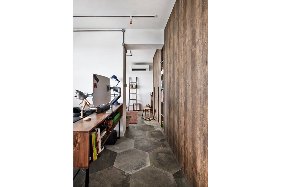 study cum walk-in closet in a home where artist turns living room into an art studio - three-d conceptwerke