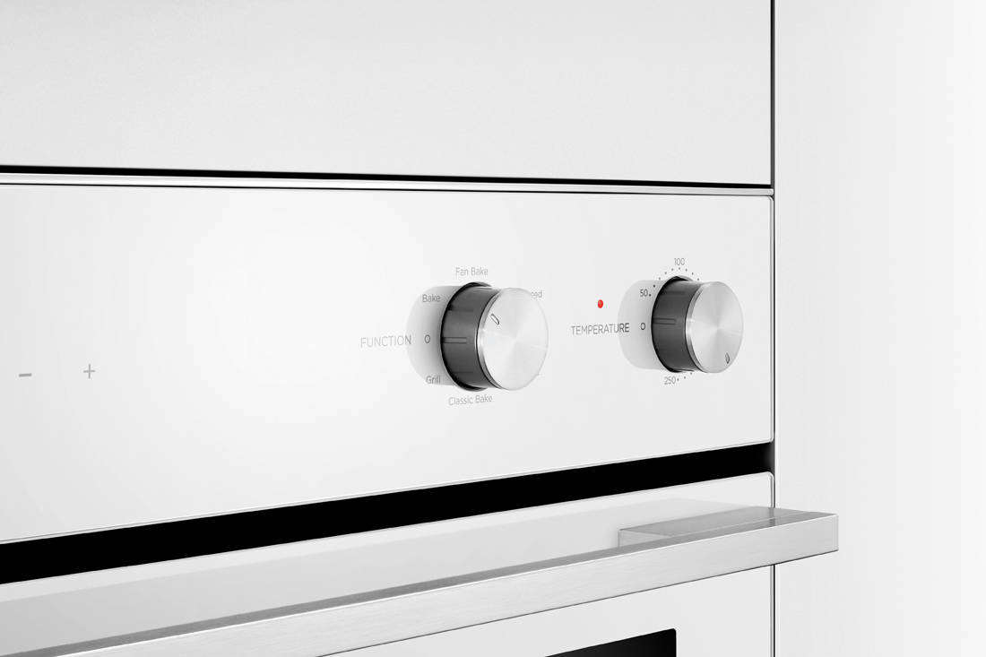 Fisher & Paykel Built-in Oven control panel (2)