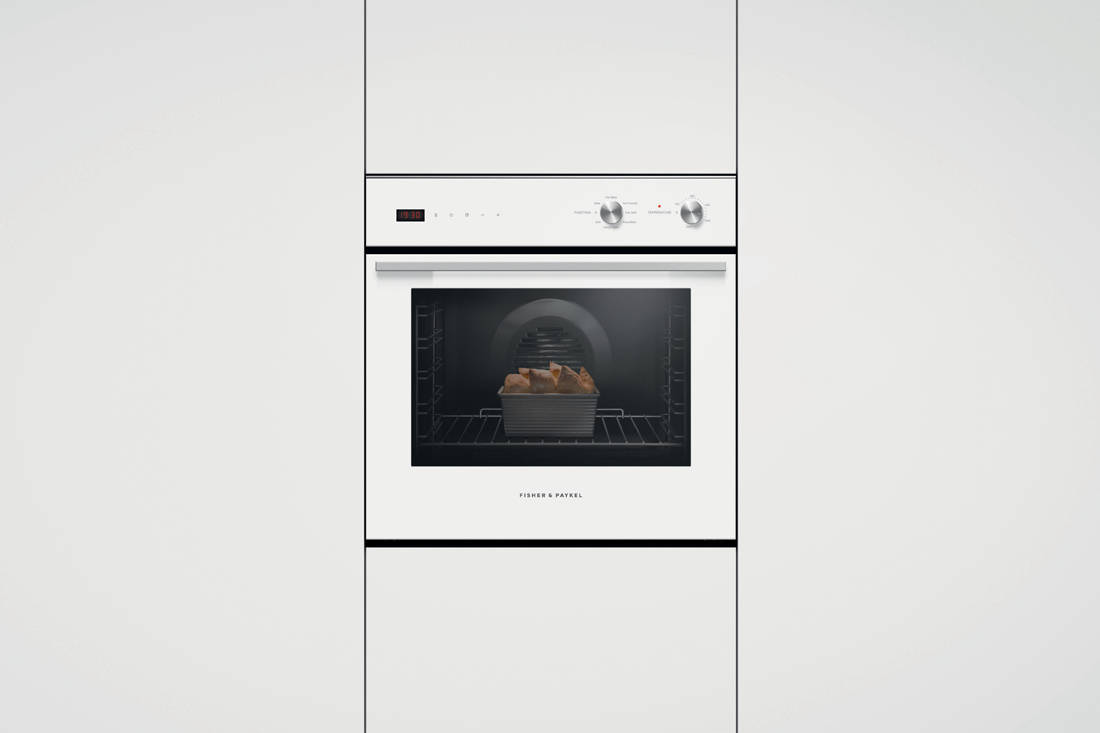 Fisher & Paykel Built-in Oven in-situ front